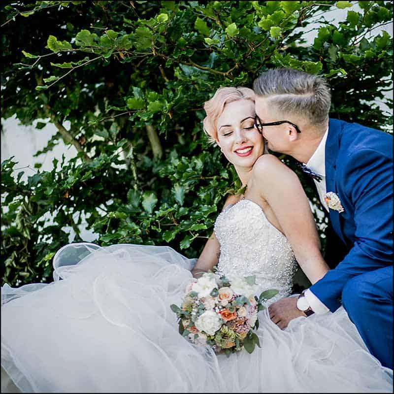Buketten skal ikke bare være tilpasset kjolen, men også avspeile brudens personlighet.