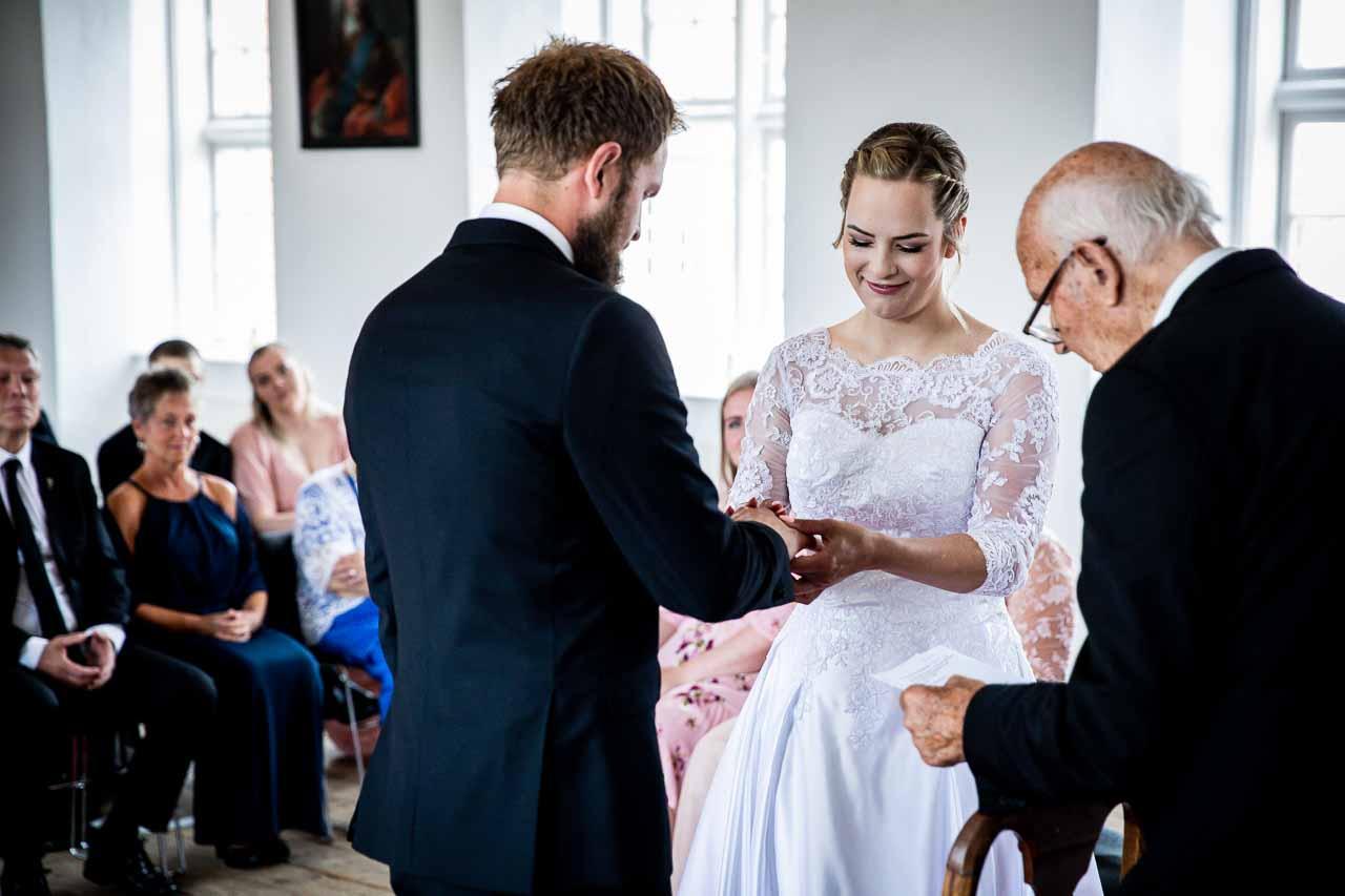 Selskab, Bryllup & Fest   Få et Uforpligtende Tilbud