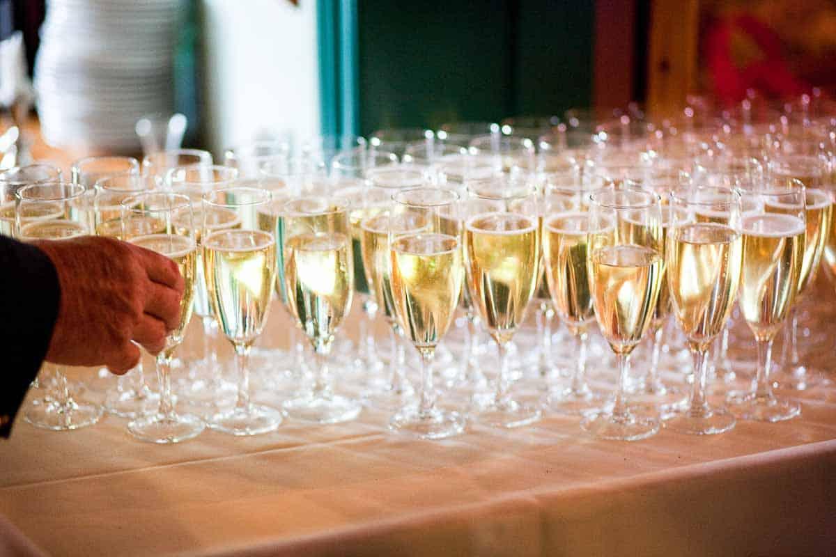 Bryllupsreceptionen er blevet populær