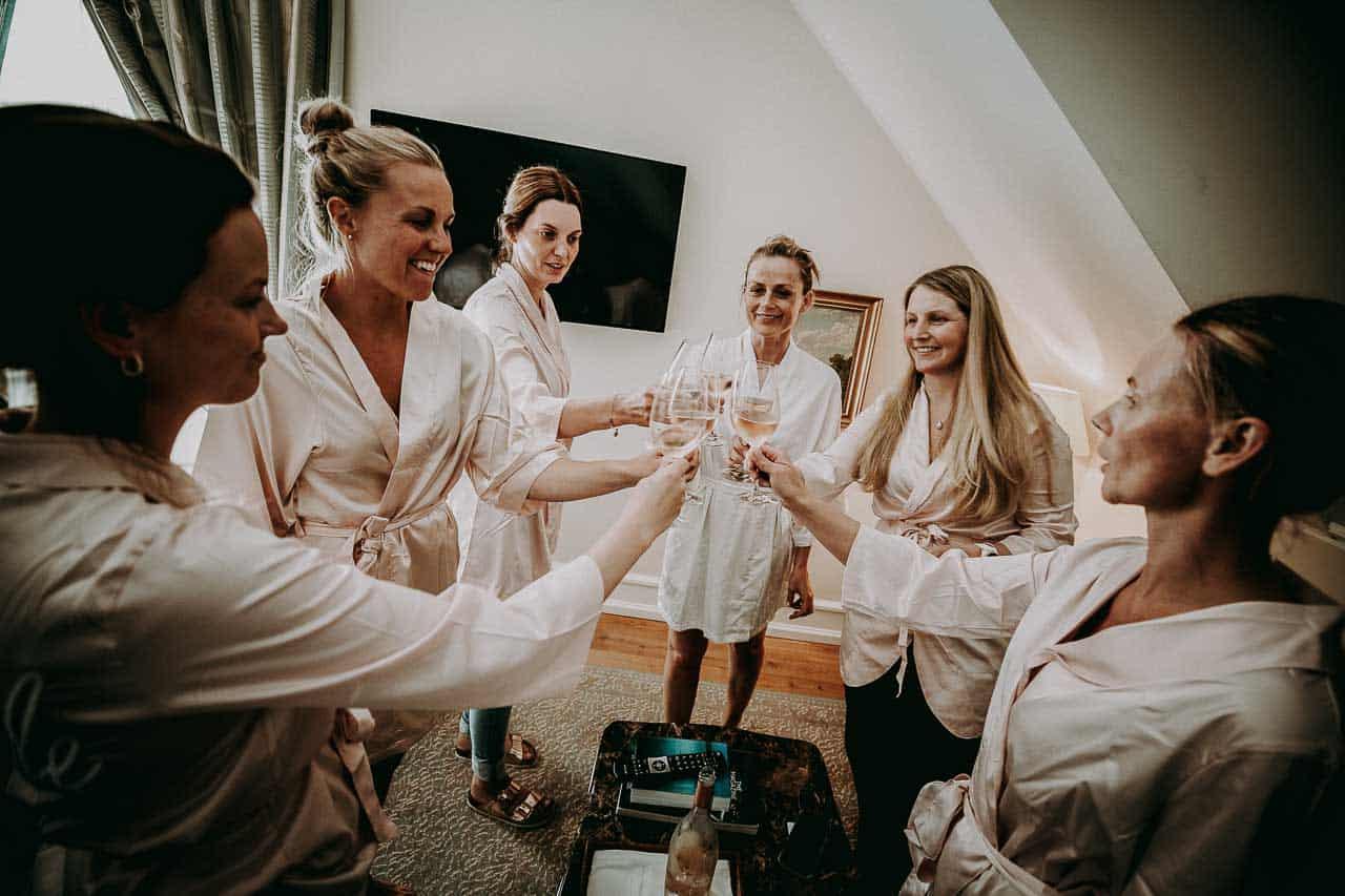 brudens forberedelse på Kokkedal slot